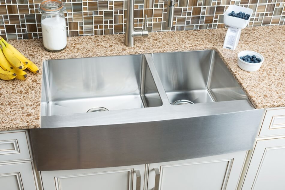 Hahn-Farmhouse-Extra-Large-60/40-Double-Bowl-Sink
