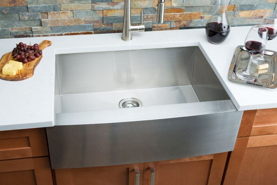 Hahn-Farmhouse-Medium-Single-Bowl-Sink
