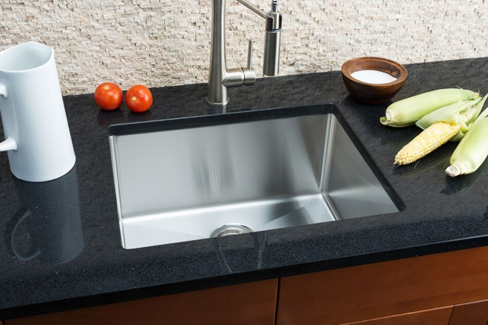 Hahn-Small-Radius-Medium-Single-Bowl-Sink