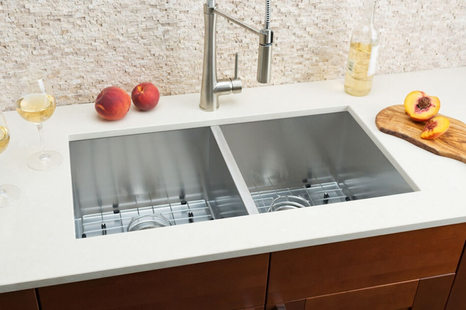 Hahn-Embossed-Extra-Large-Equal-Double-Bowl-Sink